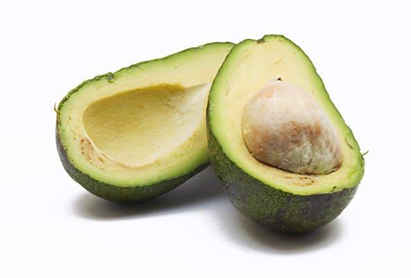 El aguacate es rico en vitamina E