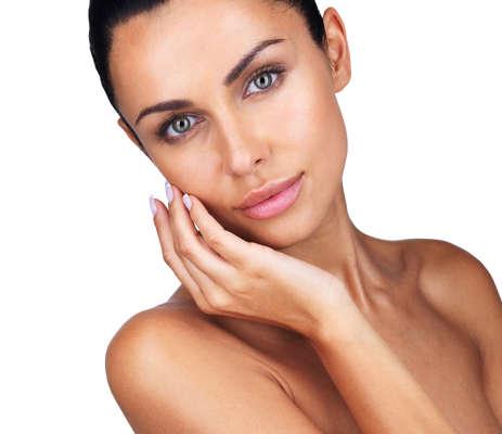 La cara, el cuello, el escote y las manos son zonas muy influyentes en la percepción de la belleza
