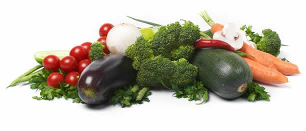 Una dieta adecuada, rica en verduras y frutas, protege contra el exceso de peso y el acúmulo graso