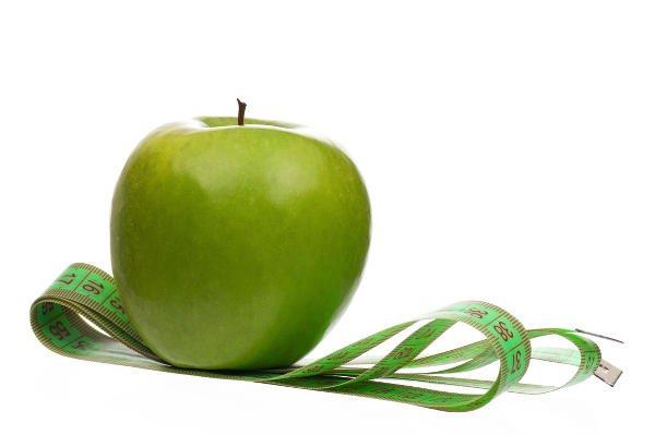Es preferible reservar la fruta para tomarla a media mañana o en la merienda