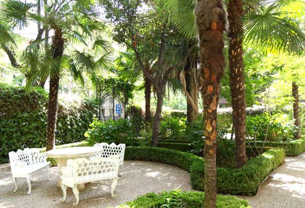 Jardín en el lado este del palacio de Nerva