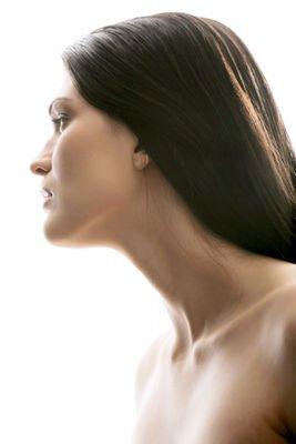 Lipoláser corrige el exceso de grasa en la papada y corrige la flacidez del cuello