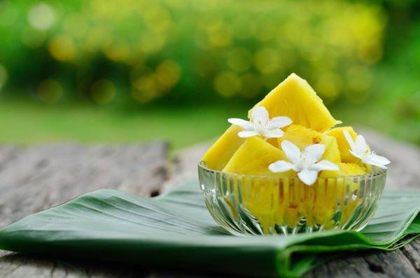 La piña es una fruta ideal para mantener la dieta durante las vacaciones