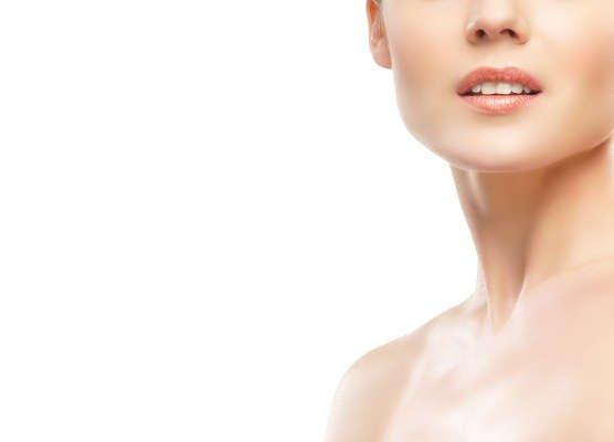 El ácido hialurónico es uno de los tratamientos de IML para eliminar las arrugas del cuello