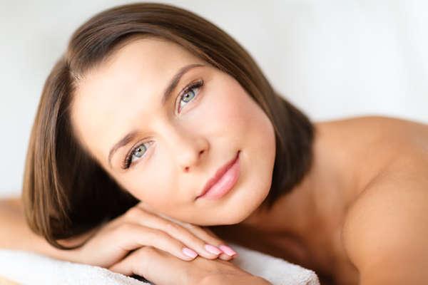 El ácido hialurónico es un implante reabsorbible que proporciona volumen a los tejidos