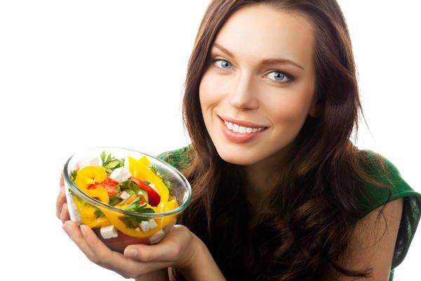 Las verduras y ensaladas son opciones excelentes para comer en el trabajo